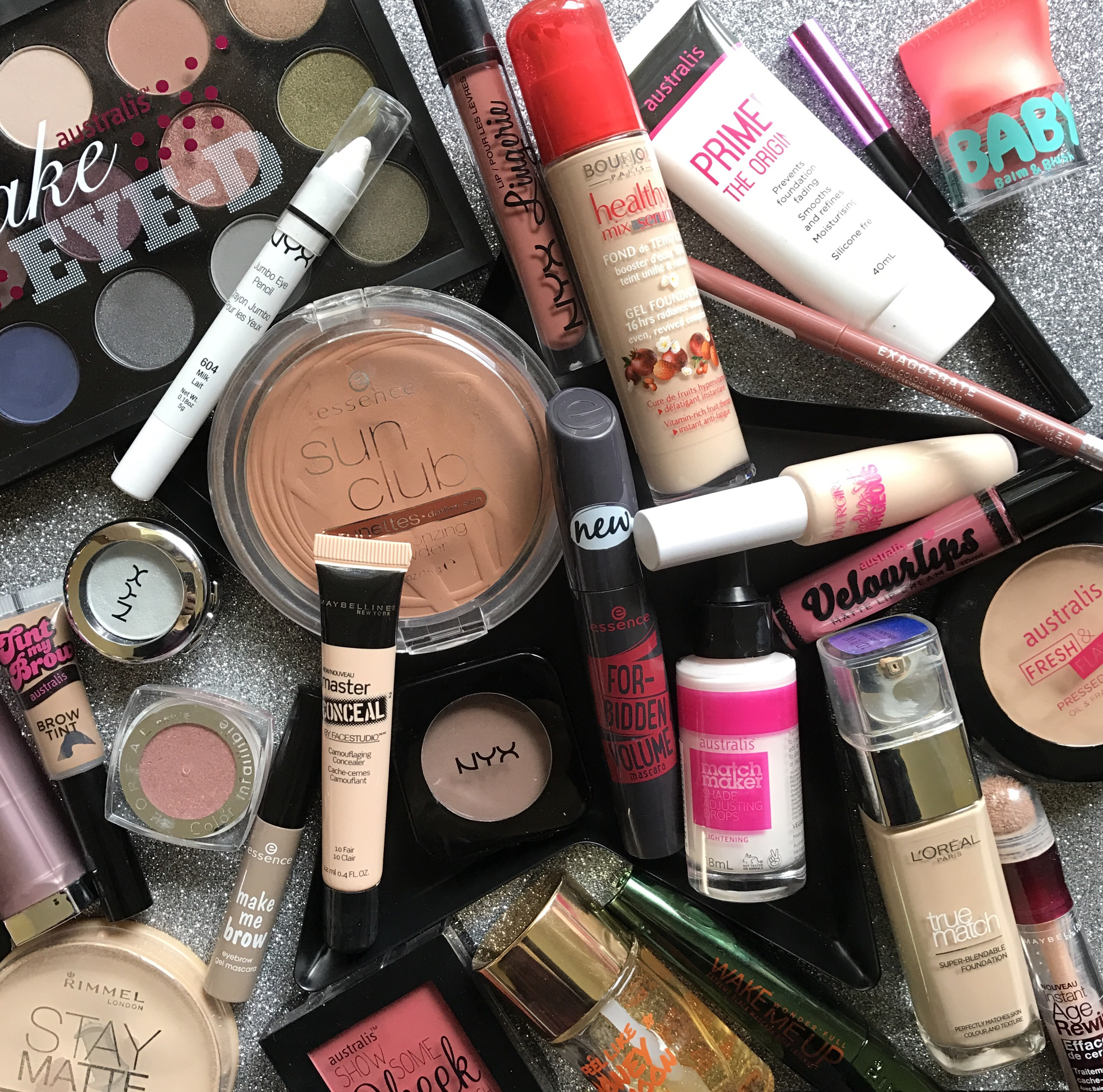 cd3ffbd076b ... I thought I'd give all of you who are thinking about going to the sale  some of my recommendations and products I can't live without from Priceline.